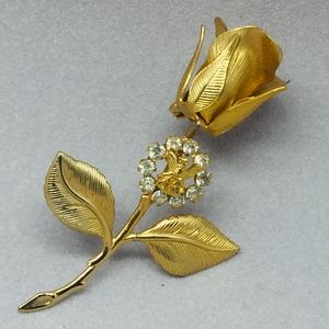 Vintage LA F.O.E. Gold Tone Rose & Stem Lapel Pin